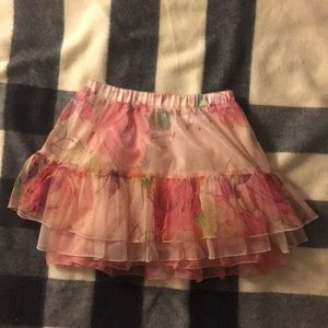Gorgeous size 3 ruffle skirt in blush with print